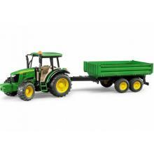 Bruder Tractor John Deere 5115M com Atrelado - 02108